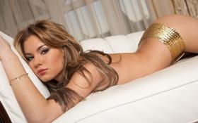 Картинка Veronika Fasterova, диван, лежит, поза