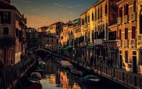 Картинка мост, окна, дома, лодки, Италия, Венеция, канал
