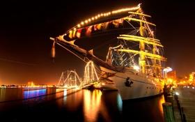 Картинка вода, свет, ночь, огни, отражение, корабль, парусник