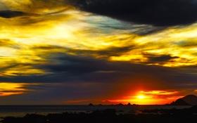 Картинка море, небо, солнце, облака, закат, горы, тучи