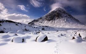 Обои зима, снег, камни, гора