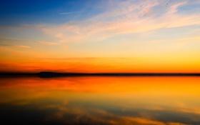 Картинка закат, облака, горизонт, небо, отражение, озеро, зеркало
