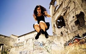 Обои девушка, прыжок, urban