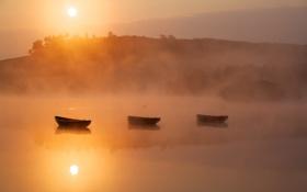 Картинка пейзаж, туман, озеро, лодки, утро