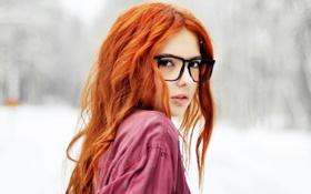 Картинка взгляд, девушка, снег, очки, рыжая, ebba zingmark
