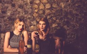 Обои фон, девушки, вино, бокал, ресторан, Andrea, Rachel