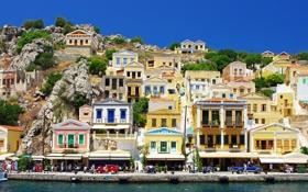 Обои море, горы, люди, побережье, дома, Греция, склон