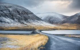 Картинка дорога, небо, трава, облака, снег, горы, озеро