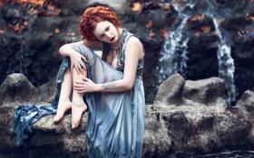 Обои грудь, глаза, листья, вода, скалы, женщина, волосы