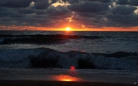 Обои волны, облака, закат