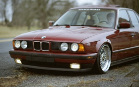 Картинка осень, листья, BMW, tuning, E34, stance, 520i