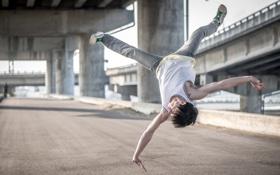 Картинка человек, прыжок, улица