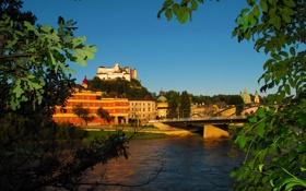 Обои ветки, мост, река, гора, дома, Австрия, крепость
