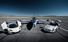 Картинка самолёт, McLaren MP4-12C, Mercedes-Benz SLS AMG, Aero L-39 Albatros
