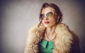Картинка девушка, макияж, очки, шуба, мех