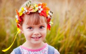 Обои улыбка, дети, венок, ребёнок, девочка, цветы