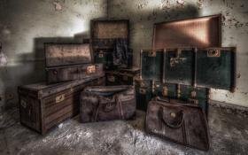 Обои комната, сумки, чемоданы