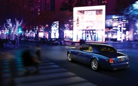 Обои Авто, Дорога, Ночь, Синий, Город, Rolls-Royce, Phantom