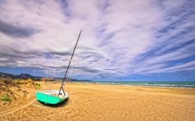 Обои песок, небо, облака, берег, лодка, Испания, Грау Кастелло