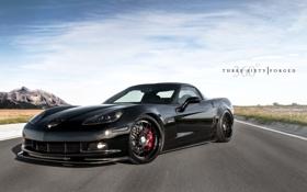 Обои небо, асфальт, облака, чёрный, Z06, Corvette, Chevrolet