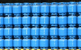 Обои gas cylinders, accumulation, order, blue