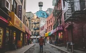 Обои Нью-Йорк, сапоги, камера, капюшон, ресторан, мужчины, магазины