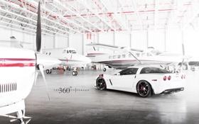 Картинка Z06, Corvette, Chevrolet, ангар, white, шевроле, корвет