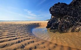 Обои песок, пляж, отлив, вода, скала