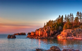 Картинка море, небо, деревья, закат, камни, скалы