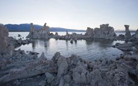 Картинка вода, озеро, камни, холмы