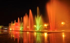 Обои фонтан, вода, фонари, цвет