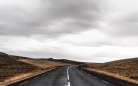 Обои дорога, горы, буря, серые облака