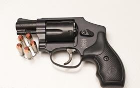 Обои оружие, фон, револвер, S&W