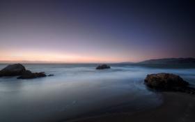 Картинка пляж, небо, тучи, камни, океан, рассвет