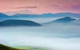 Обои закат, туман, Горы, плотный