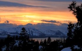 Обои зима, лес, закат, горы, Mountain Light