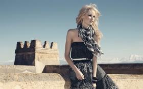 Картинка блондинка, крепость, фотосессия, caroline winberg