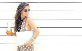 Картинка juice, wall, fashion, glasses