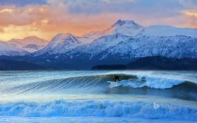 Обои море, волны, небо, горы, Аляска, серфинг, США