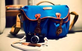 Обои фотоаппарат, сумка, синяя