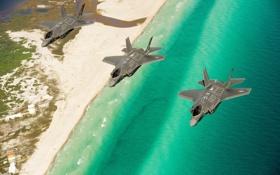 Обои море, берег, истребители, три, полёт, Lightning II, F-35A
