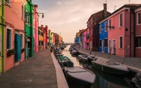 Картинка небо, лодка, дома, Италия, Венеция, канал, остров Бурано