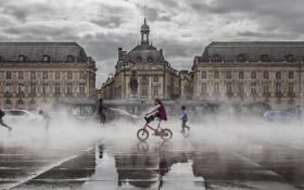 Картинка вода, брызги, дети, Бордо