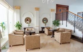 Картинка кресло, фото, лестница, интерьер, диван, гостиная