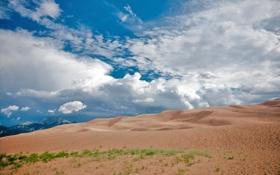 Обои песок, небо, облака, пейзаж, горы