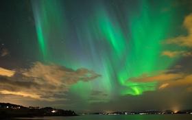 Обои небо, звезды, облака, северное сияние