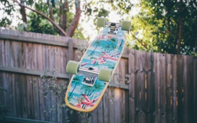 Обои рисунок, забор, доска, скейтборд