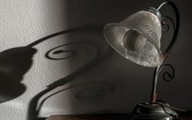Обои стена, лампа, тень