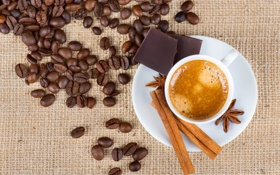 Обои пена, кофе, напиток, блюдце, зёрна, корица. бадьян