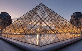 Обои закат, город, Франция, Париж, вечер, Лувр, освещение